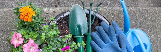 Gartenbedarf online in der Gartenwelt Oppl kaufen - Gartengestaltung Tirol