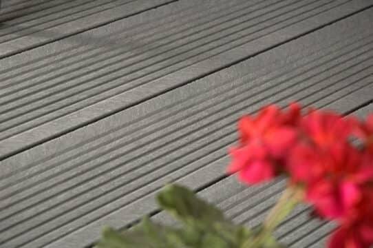 Terrassendiele online kaufen